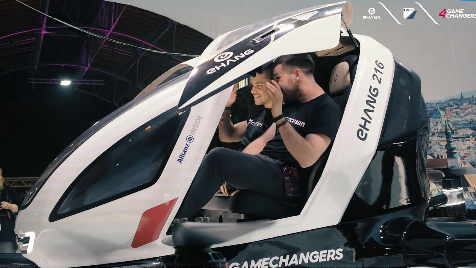 4D experience in 4GAMECHANGERS to enjoy the urban air mobility